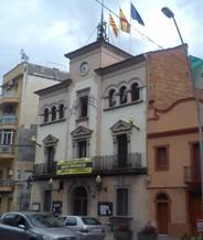 Ciutadans de Vallirana logra que el Ayuntamiento cumpla la ley de banderas