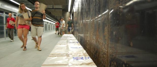 Las estaciones de la L9 llevan años preparadas con, prácticamente, todos los acabados (Foto: Eva Jiménez)