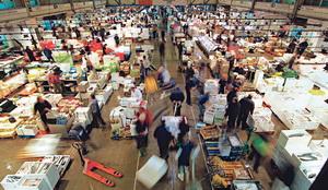 Mercabarna, a la pesca del mercado alemán en el Seafood