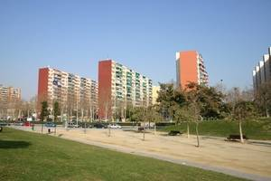 L'Hospitalet pacta amb Foment la rehabilitació d'habitatges de sis barris de la ciutat