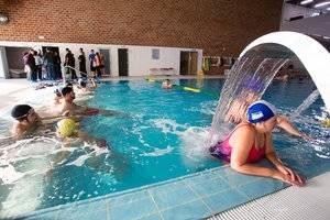 Sant Vicenç exhibeix el nou Complex Esportiu Municipal - Piscina Montserrat Canals