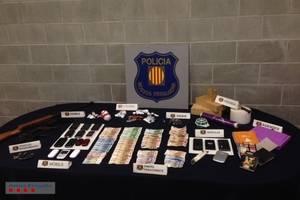 Mossos d'Esquadra desmantella un punt de venda de cocaïna a Collbató i deté a tretze persones per tràfic d'estupefaents