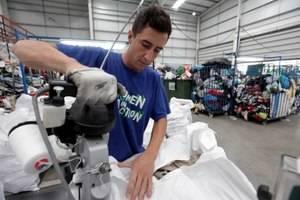 L'ONG Humana recapta 215 tones de roba i calçat per a la seva reutilització