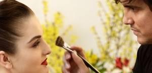 Descubre los trucos de maquillaje profesional de Junior, International Make Up Artist de Dior, en nuestro próximo taller