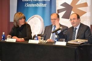 Iceta pone de ejemplo a Núria Marín y a L'Hospitalet para resolver el principal problema de Cataluña: el paro y la falta de oportunidades