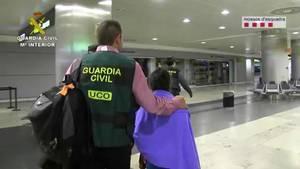 El fiscal pide casi tres años de cárcel para los padres de la niña de l'Hospitalet que fue secuestrada en Bolivia