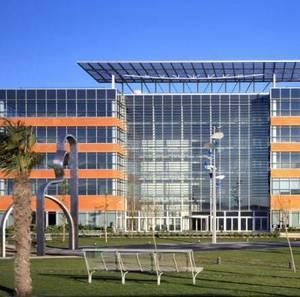Cornellà aprofita una plusvàlua de quasi un milió d'euros per crear 150 llocs de treball