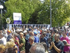 Marxa en defensa dels llocs de treball a Inovyn-Solvay