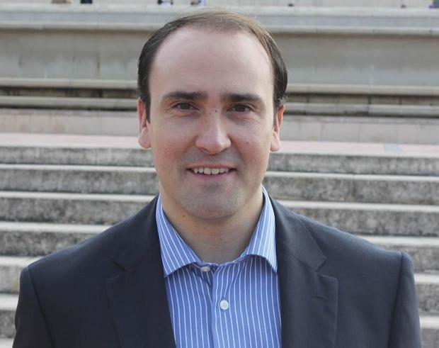 El cornellanense Daniel Serrano (PP) sustituirá a Andrea Levy en el Parlament