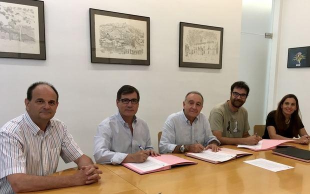 Eva Martínez, alcaldesa de Vallirana, presidirá el Consejo Comarcal con el apoyo de comunes y Junts