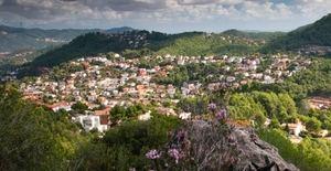 Paso al frente de la Diputación para paliar deficiencias en tres urbanizaciones del Baix