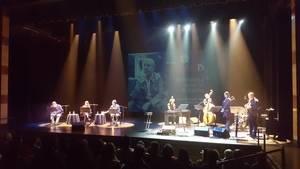 El recuerdo de Jaime Gil de Biedma abre el Festival Acròbates de L'Hospitalet