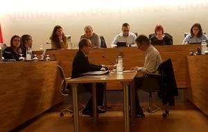 Una moció d'urgència no acceptada al Ple municipal de El Prat fa visible la guerra entre Se Puede El Prat i el regidor no adscrit José López per presentar primer les mocions