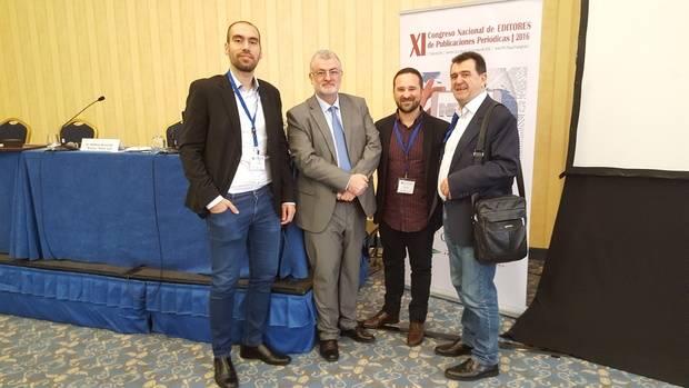 Andrés Durán, responsable de Informática y Redes; Carlos Astiz, secretario de la AEEPP; Imanol Crespo, director de El Llobregat; y Arsenio Escolar, director de '20 minutos' y presidente de la AEEPP