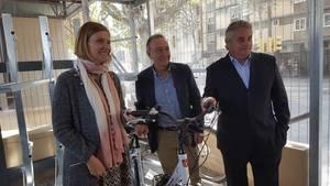 Pàrquings de bicicletes a les estacions, l'aposta metropolitana per fomentar la intermodalitat en el transport públic
