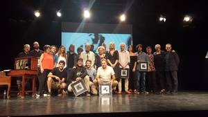Foto de familia de todos los premiados en la presente edición