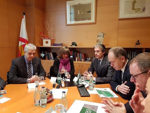 El exministre De la Serna va visitar la ciutat fa un any per presentar el projecte.