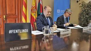 Carles Ruiz e Ignacio Escudero durante la firma, el pasado 17 de abril, del convenio de colaboración para el IND+I.