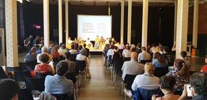 Presentación realizada este lunes donde la alcaldesa de Olesa de Montserrat ha reclamado más facilidades para realizar consultas ciudadanas.