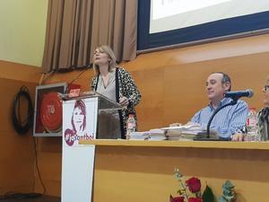 Lluïsa Moret durante su discurso de proclamación como alcaldable del PSC en Sant Boi.