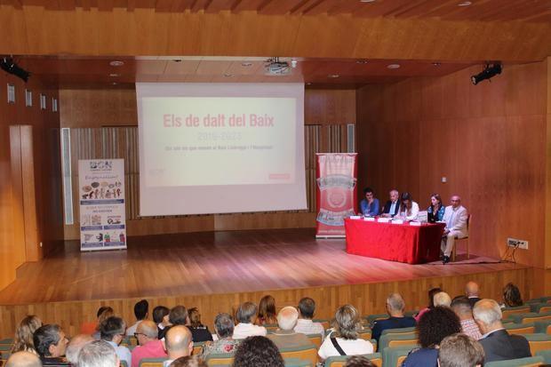 L'auditori del Palau Falguera, a Sant Feliu, va acollir la presentació de la obra multiplataforma