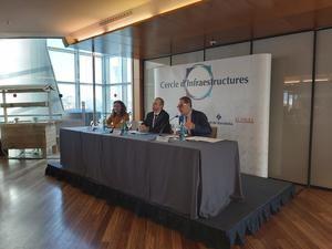 Conesa, Castellanos y Macías durante la conferencia.