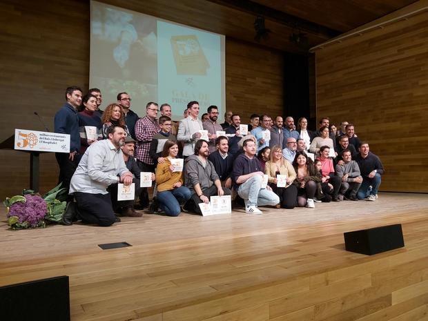Foto de conjunto con los 50 restaurantes reconocidos.