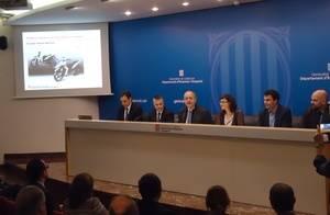 La empresa baixllobregatina Scutum y tres compañías catalanas más fabricarán una moto eléctrica para 2017