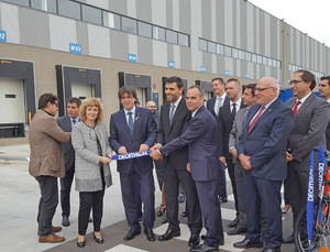 Decathlon fortalece su matrimonio logístico con el Baix Llobregat
