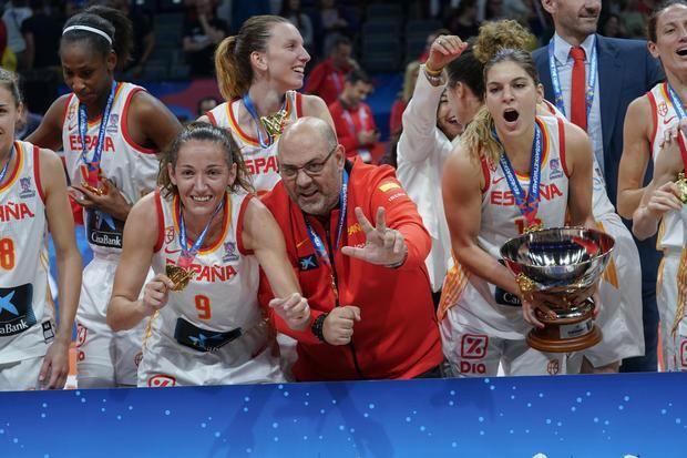 Mondelo junto a Laia Palau, la tercera jugadora con más medallas.