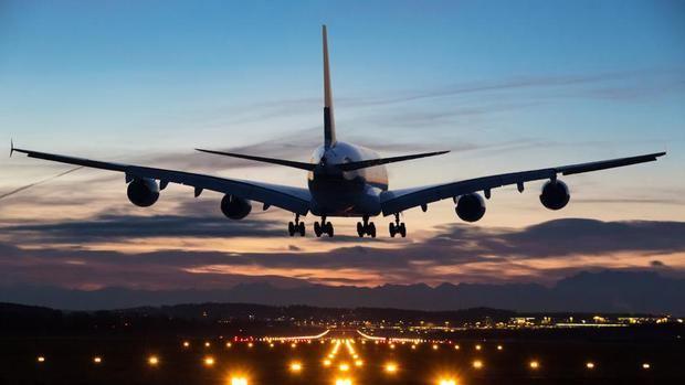 El aumento del ruido de los aviones preocupa a los vecinos.
