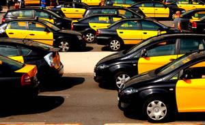 Tots els taxis metropolitans de Barcelona portaran per cobrar amb targeta