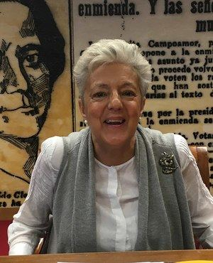 La hospitalense Anna Caballé recibe el Premio Nacional de Historia por una obra sobre Concepción Arenal