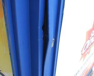 Puertas forzadas en las administraciones de lotería.