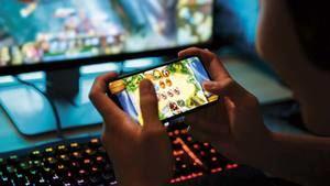 Bellvitge pone en jaque la adicción a los videojuegos y las apuestas on line