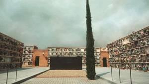 Tots Sants als cementiris del Baix Llobregat