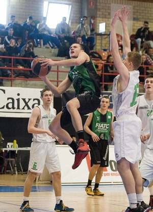 L'Hospitalet de Llobregat celebra el 38º del Torneo de Básquet Junior