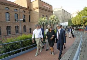 De izquierda a derecha, en la primera fila: David Quirós, concejal de Cultura; Núria Marín, alcaldesa, y José Guirao, ministro de Cultura.
