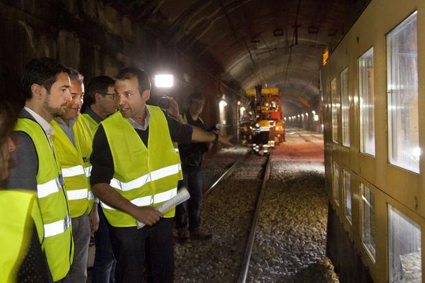 Las estaciones de FGC de la línea Llobregat-Anoia tendrán pantallas informativas en tiempo real