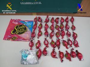 Detenida en el aeropuerto por llevar dos kilos de cocaína que simulaban ser bombones