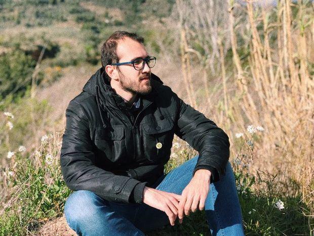 Marc Amat, el cantautor de Olesa de Montserrat, estrena su primer EP.