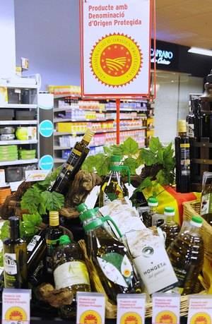 Caprabo, único supermercado con todas las DOP catalanas