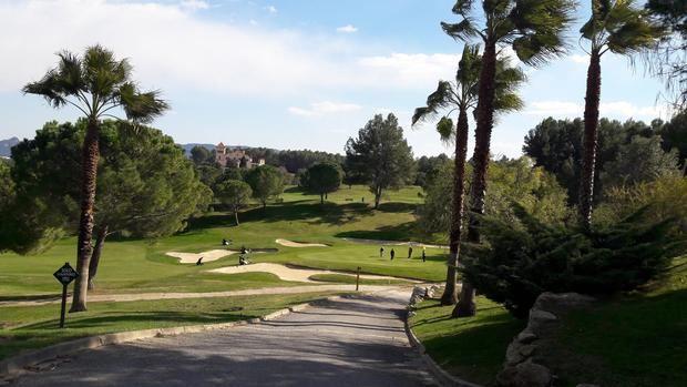 El Club de Golf Barcelona quiere acercar la práctica de este deporte al Baix Llobregat