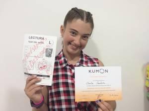 La viladecanenca Carla Ventura, de 12 anys, és la primera catalana en acabar el programa de Lectura de Kumon