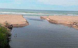Castelldefels demana a ACA i AMB una reunió 'urgent i ineludible' pels abocaments d'aigües residuals