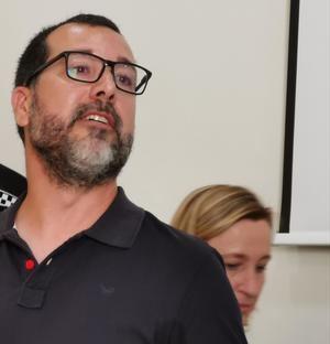 Miguel Comino (PSC) y Ciudadanos gobernarán el municipio de Oriol Junqueras