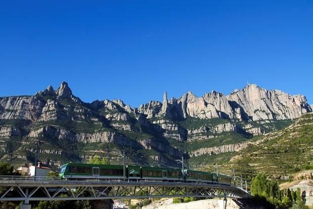 Els menuts viatgen gratis a l'agost en el Cremallera de Montserrat