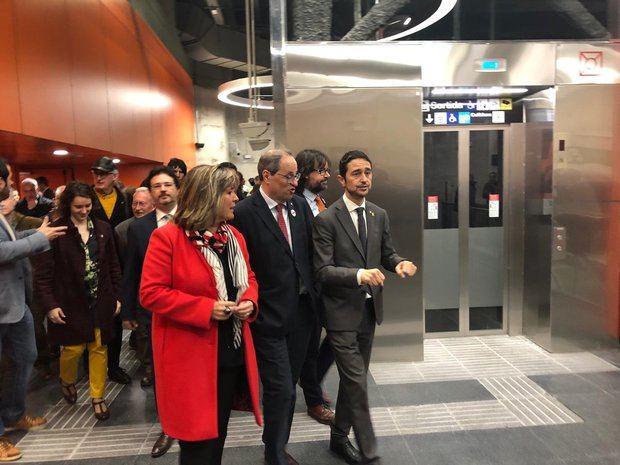 Marín, Torra y Calvet durante la visita a la estación el día de su inauguración.