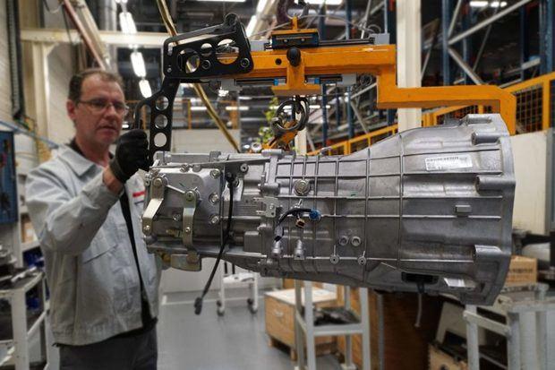 Nissan condiciona la viabilidad de la planta de la Zona Franca al despido de 600 trabajadores