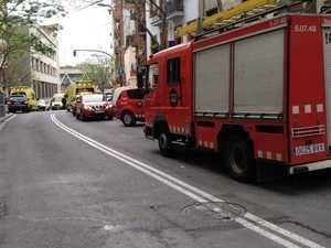 Mueren dos niños y su madre en el incendio de un piso en L'Hospitalet